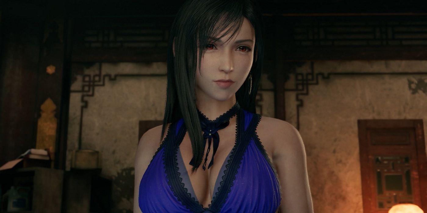 Final Fantasy 7 Remake Tifa Cosplay Includes Purple Dress and Midgar Slums